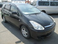 Damaged Toyota Wish Wagon ZNE10G (2008)