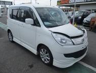 Damaged Suzuki Solio Wagon MA15S (2012)
