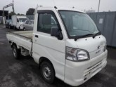Damaged-Daihatsu-Hijet-Mini-Truck_1450942821.jpg