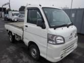 Damaged-Daihatsu-Hijet-Mini-Truck_1450942821.jpg