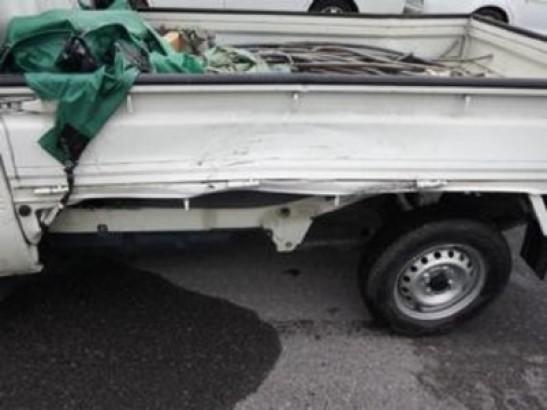 Damaged Daihatsu Hijet Mini Truck S201P (2010)