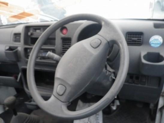 Damaged Daihatsu Hijet Mini Truck S210P (2007)