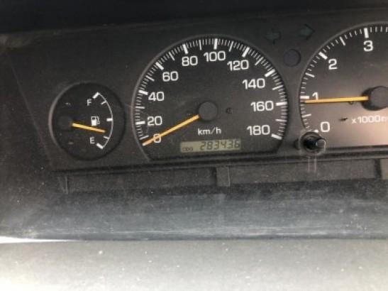 Used Toyota ESTIMA EMINA SUV CXR20 (1999)