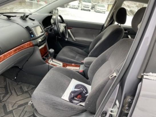 Used Toyota Premio Sedan ZZT240 (2003)