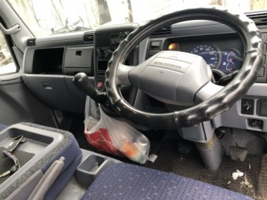 Used Mitsubishi Canter Guts TRUCK FD70BB (2005)