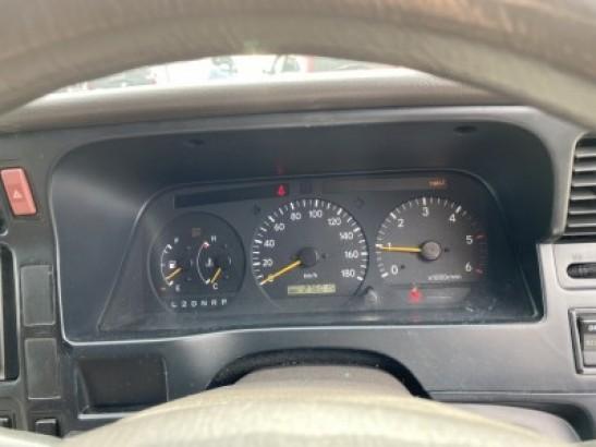 Used Toyota Hiace Wagon KZH106G (2001)