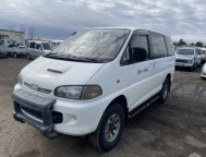 Used Mitsubishi Delica Space Gear Van-Minivan PD8W (1994)