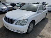 Used-Toyota-Crown-Sedan_1585639558.jpg