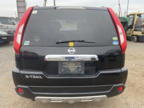 Used Nissan X-Trail SUV DBA-NT31 (2010)