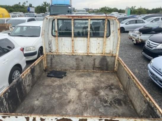 Used Isuzu ELF Truck FLAT BODY KR-NHS69EA (2004)