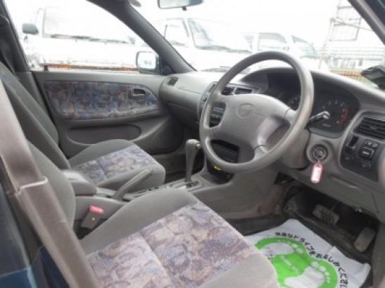 Used Toyota Corolla Touring STATION WAGON GF-AE104G (1999)