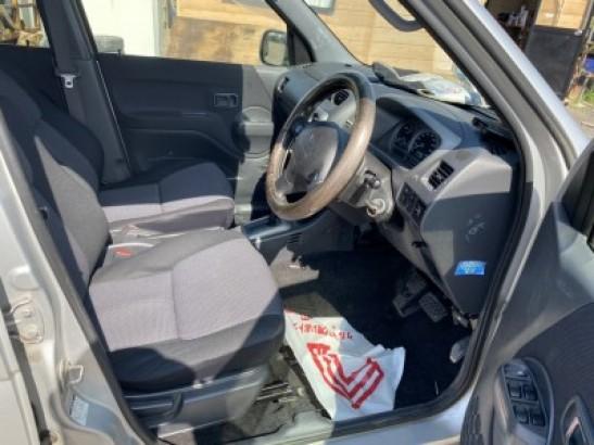 Used Daihatsu Terios SUV J102G-002950 (2002)