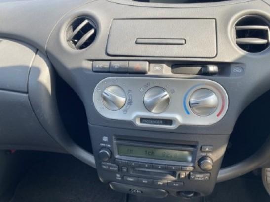 Used Toyota Vitz HatchBack CBA-SCP10 (2004)