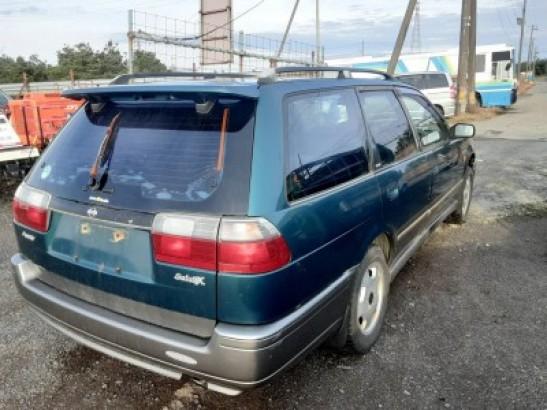 Used Nissan AVENIR SALUT Wagon E-PW10 (1995)